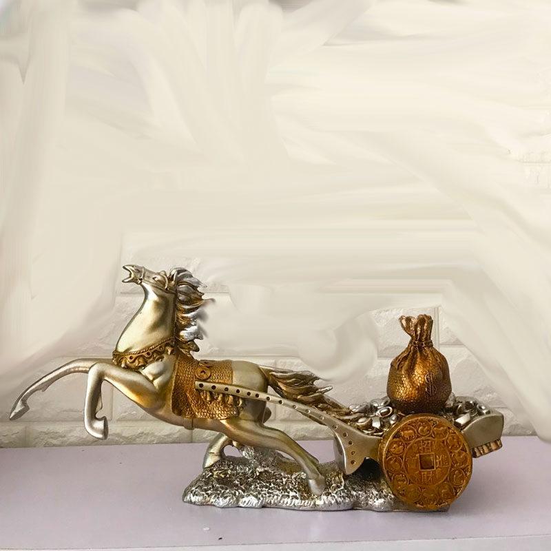Đồ trang trí kệ tivi ngựa phong thủy