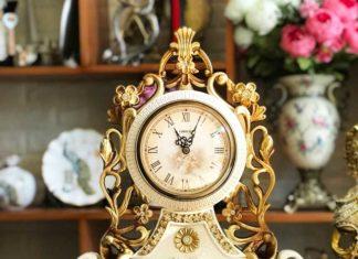 Đồng hồ để bàn đẹp hoa lá