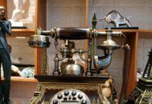 Điện thoại giả cổ đẹp